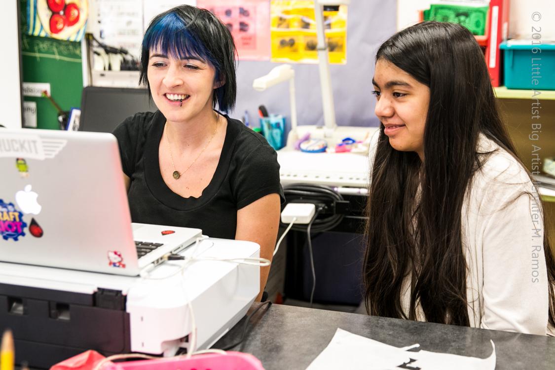 Jess Moss BIG ARTIST to little artist Alexa