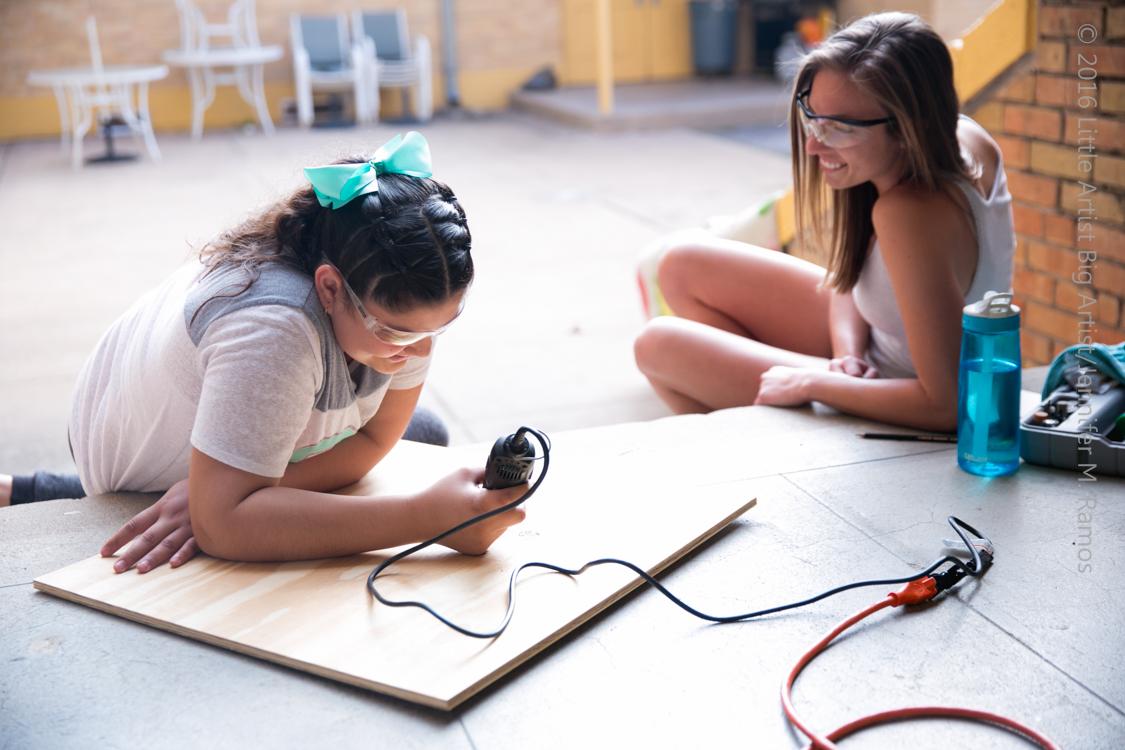 Sara Senseman BIG ARTIST to little artist Lisbeth